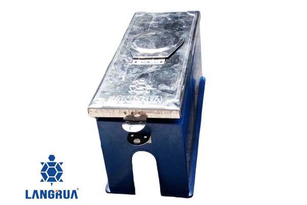 Hộp đồng hồ nước của công ty cổ phần Làng Rùa